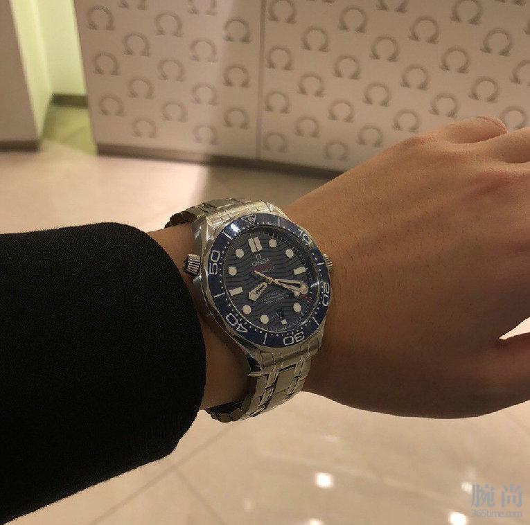 杭州欧米茄旗舰店无折扣入手新款潜水表300