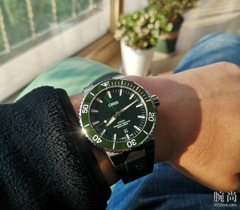 我也是绿水鬼——双十一入手豪利时潜水系列日历腕表!