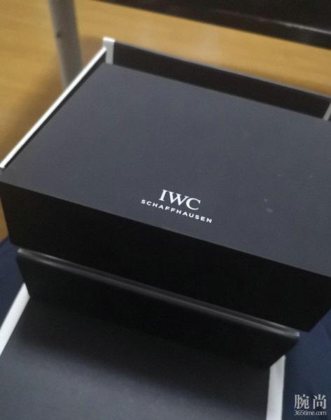 分享一下之前上海专柜入手的万国IWC的柏涛菲诺!