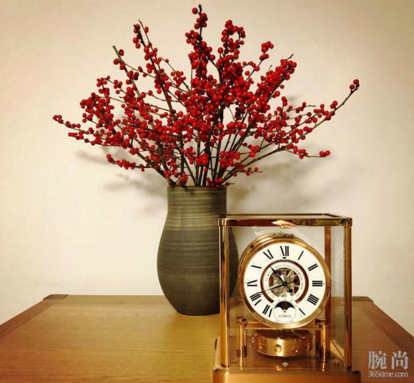 趁着调价前夕SKP入手积家传奇的空气钟!