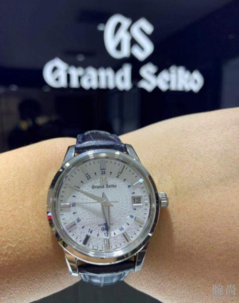 大隐于市的GS,成都专柜入手冠蓝狮20周年限量款GMT!