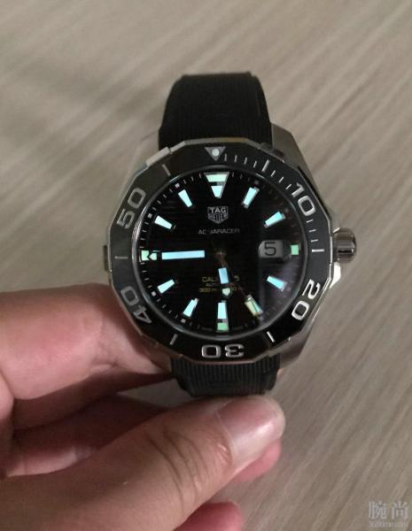 香港购入豪雅竞潜300!