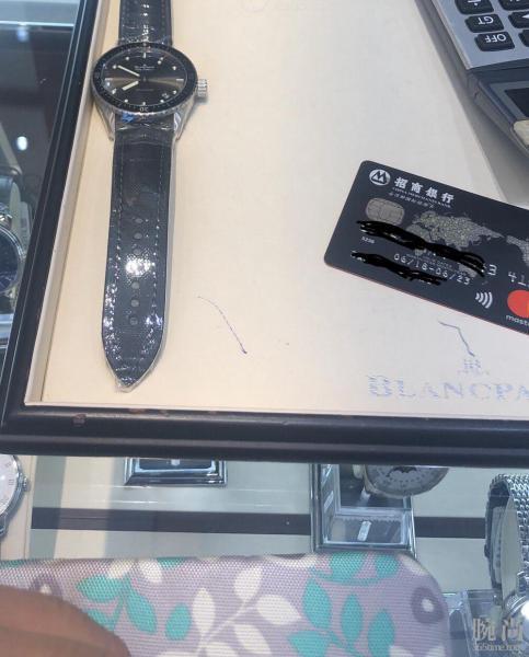 国庆假期只身一人香港海港城7.2折入手宝珀钢款五十噚,附简单购表历程!