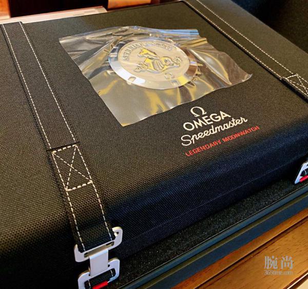 最终选择欧记超霸钢带背透42毫米月球表作为自己生日礼物!