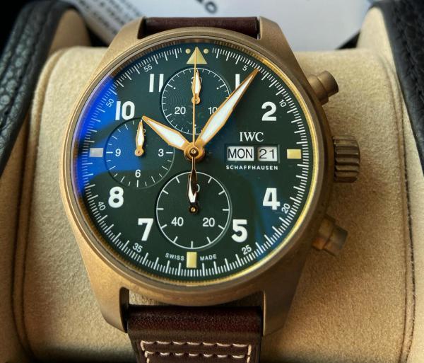 迟到的万国青铜飞行员IW387902入手作业!