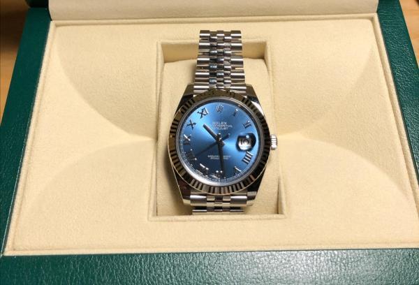 第一次买机械表--劳力士蓝盘罗马126334!