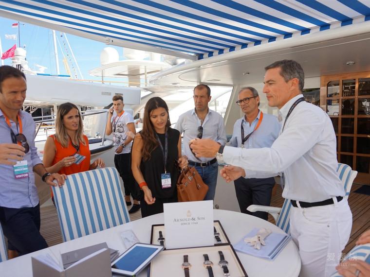 亚诺表于 2015 年摩洛哥游艇展亮相 年摩洛哥游艇展亮相