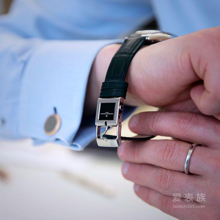 机械腕表智能化的新方案!康斯登发布全新E-Strap智能电子表带