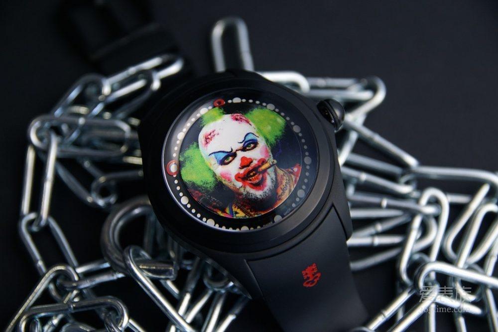 颠覆孩童心中的小丑形象——CORUM Bubble Big Magical Clown