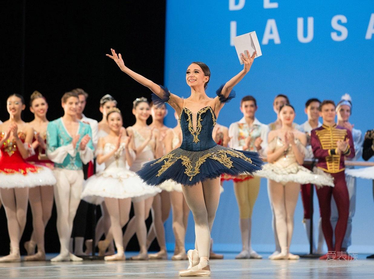 指尖舞芭蕾 洛桑国际芭蕾舞大赛获奖者参观艾米龙工厂