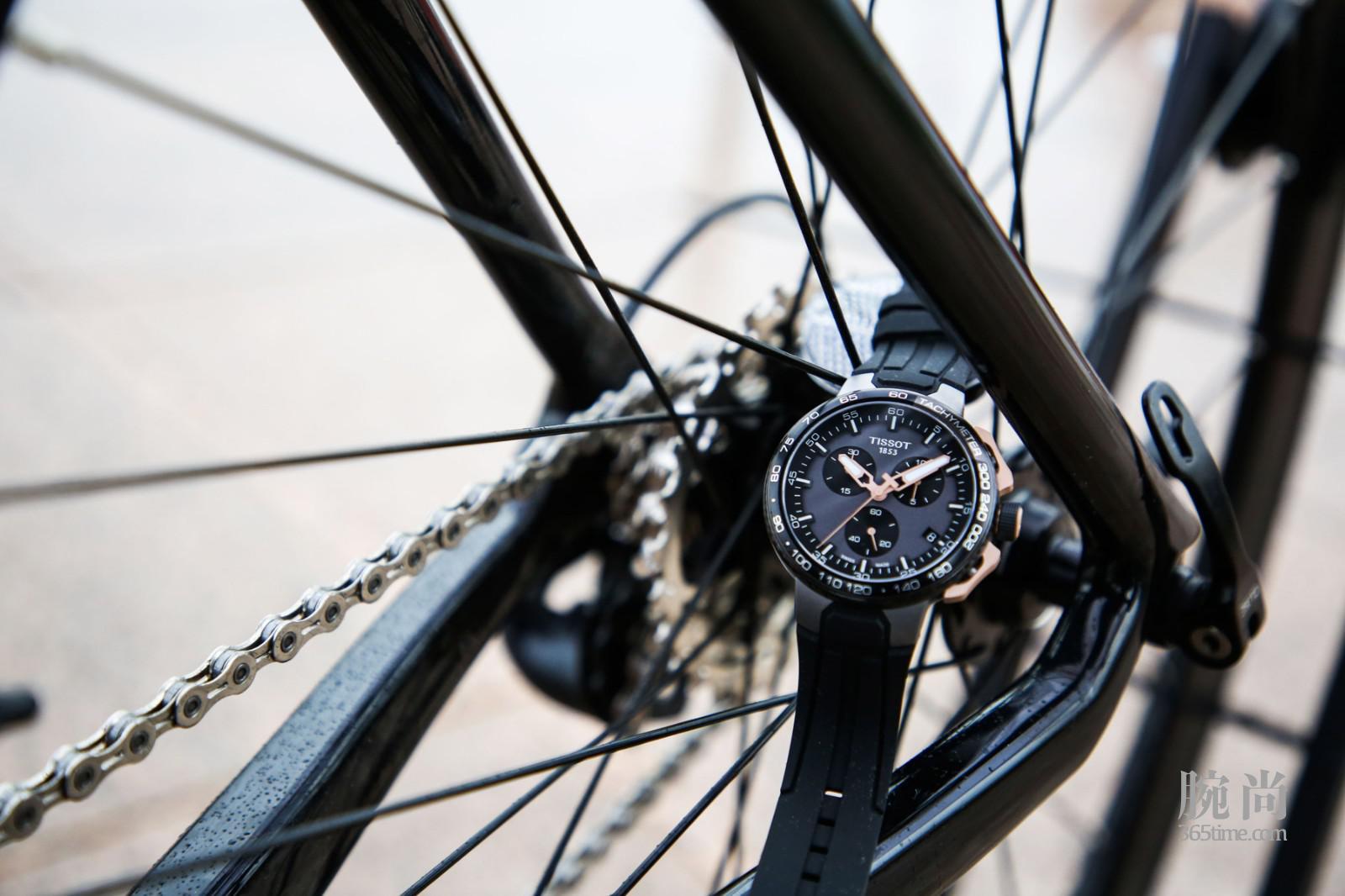 图1:天梭竞速系列自行车特别款腕表.jpg