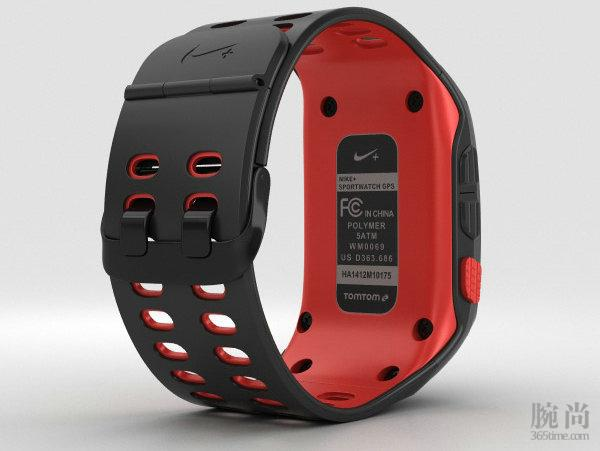 Nike_+_SportWatch_GPS_Black_Red_600_lq_0002.jpg