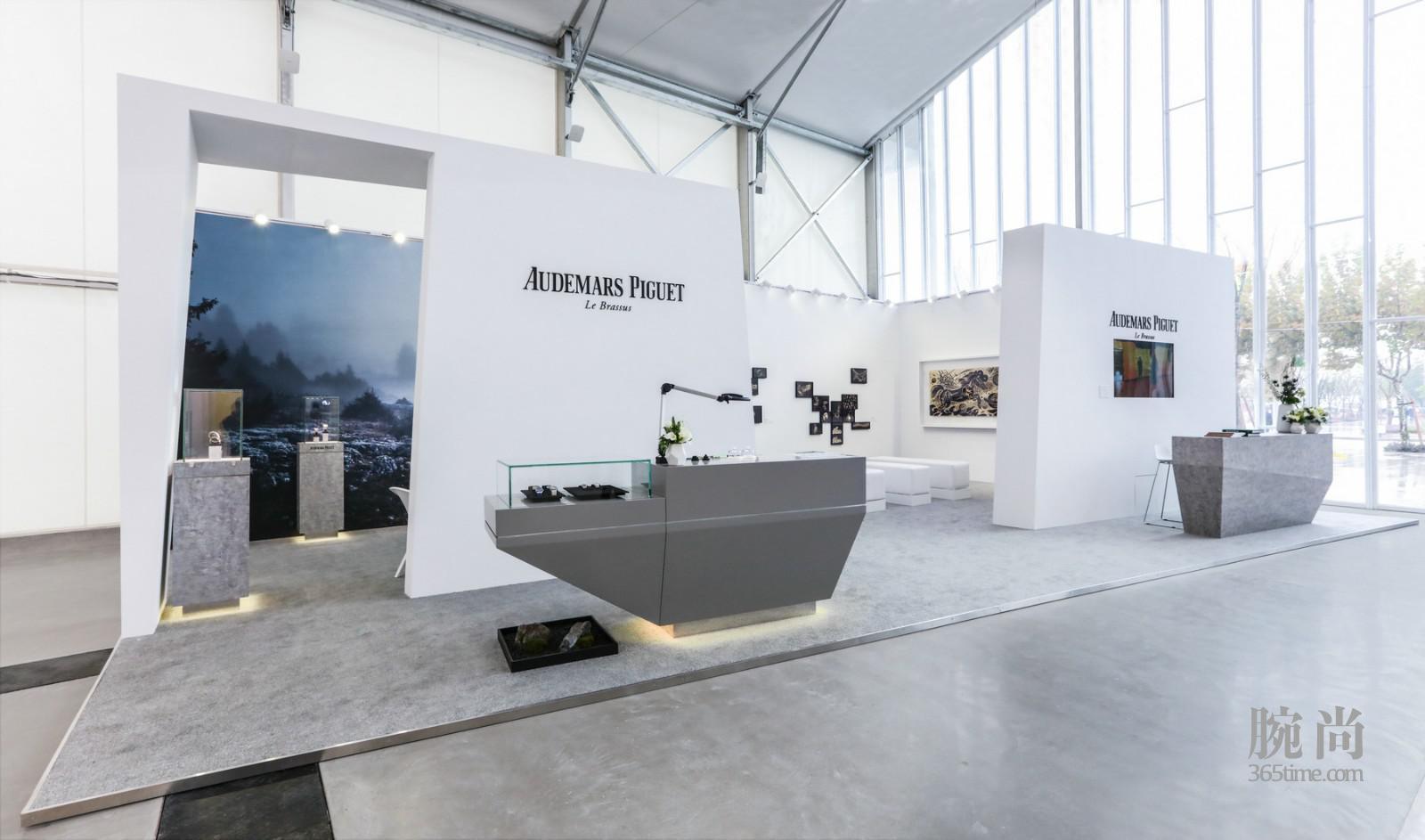 2018西岸艺术与设计博览会爱彼展厅 02.jpg