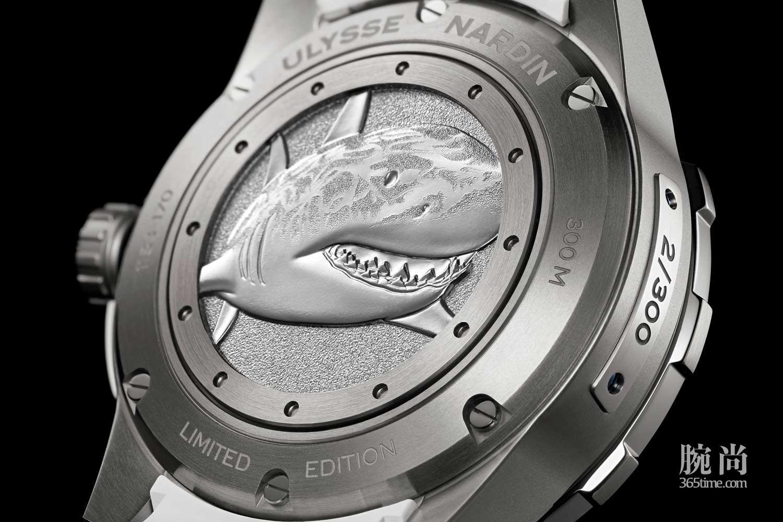 17-Ulysee-Nardin-Diver-Chronometer.jpg