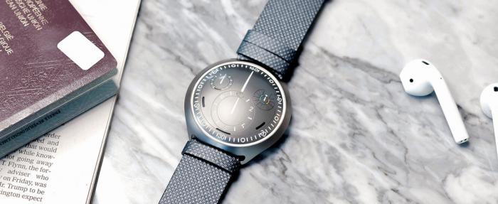 神奇的Ressence Type 2腕表的(e-Crown)电子表冠到底是怎样一种存在?
