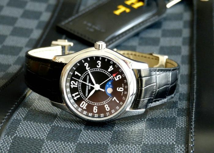 康斯登Classic经典系列月相腕表——负担得起的奢侈!