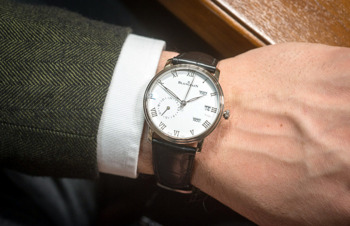 宝珀Villeret系列两地时区年历腕表——不动声色的优雅!