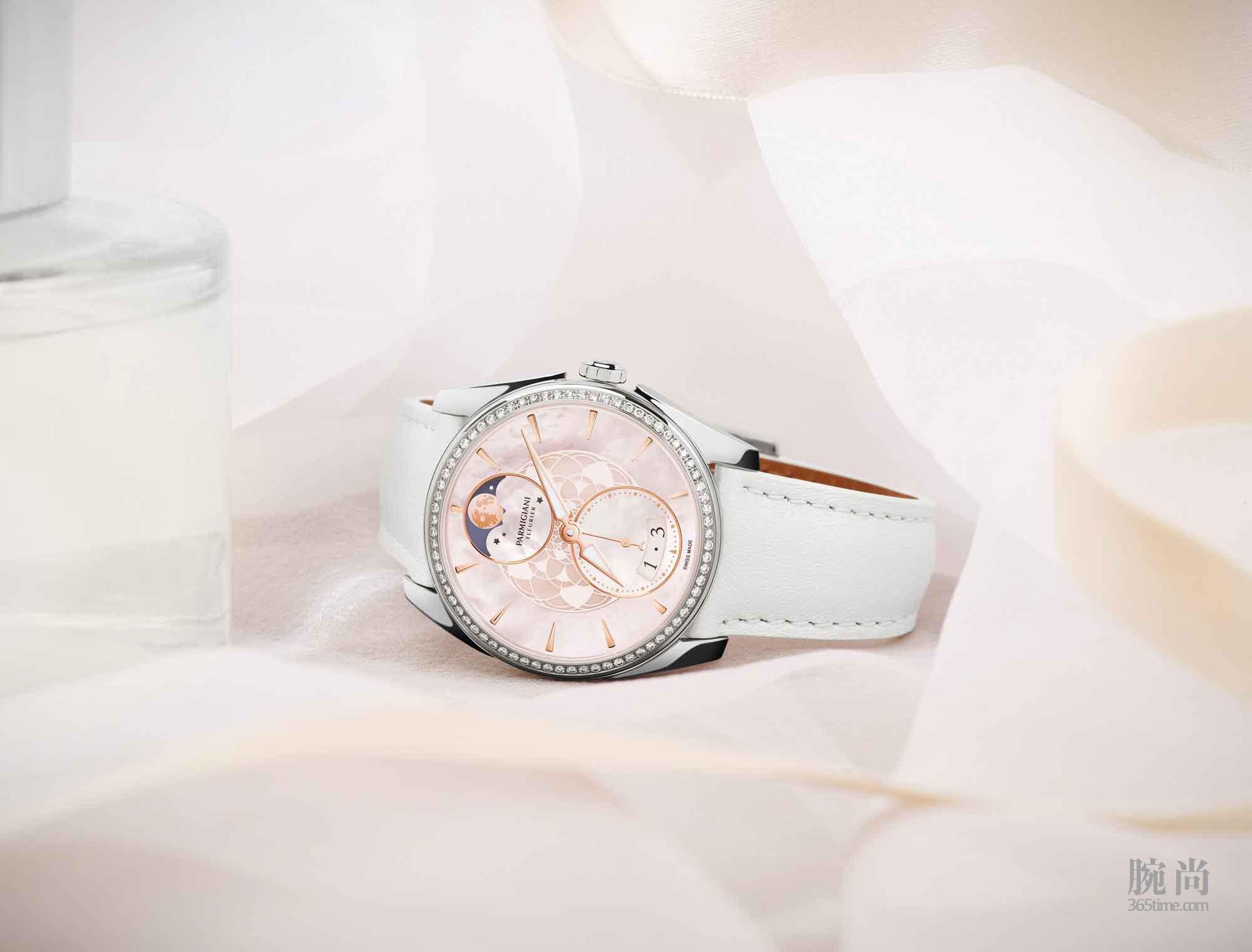 帕玛强尼Tonda-Métropolitaine-Sélène腕表在白色情人节献给爱情中的她.jpg