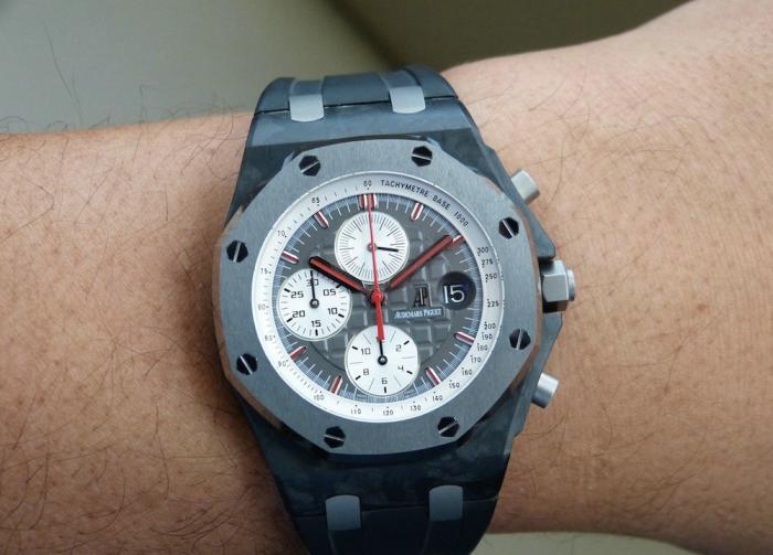 爱彼皇家橡树离岸型特鲁利限量版腕表——最迷人的一级方程式!