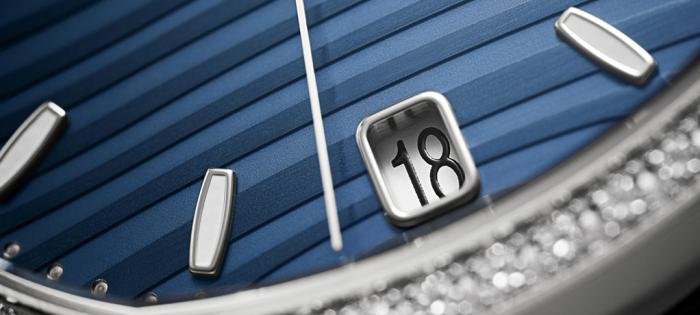 百达翡丽Nautilus镶钻系列7118表径加大 上手后更有运动表的气势