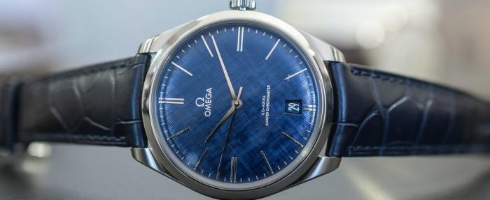 2019年面世的5款精致优雅有品位的蓝盘正装腕表