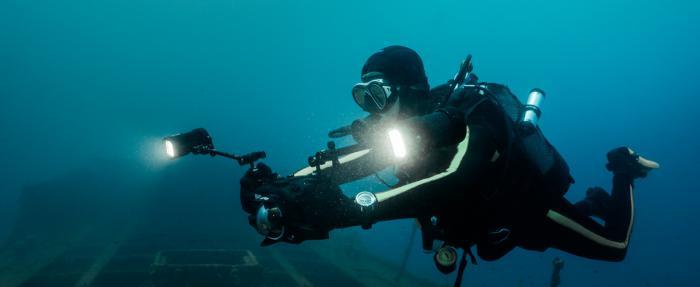 """IWC万国表助力""""库斯托潜水员""""计划 揭示海洋温度"""