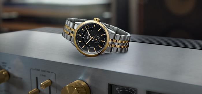 蕾蒙威推出两款全新的42毫米自由骑士系列半月形日期腕表