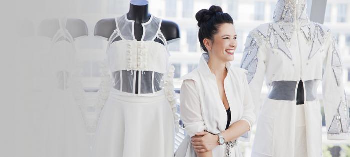 艾美表与才华横溢的时装设计师 ADELINE ZILIOX携手合作