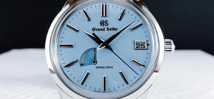 点评GRAND SEIKO冠蓝狮Spring Drive家族新成员SBGA407以雪地蓝腕表