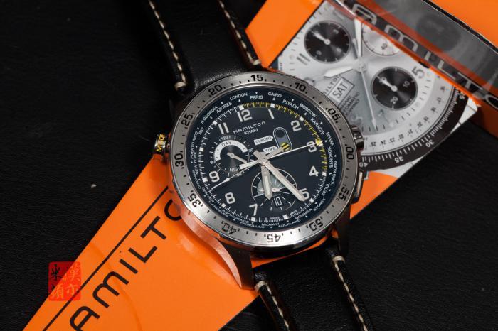 汉米尔顿卡其航空系列世界时区计时码表 ——飞行员的可靠伙伴!
