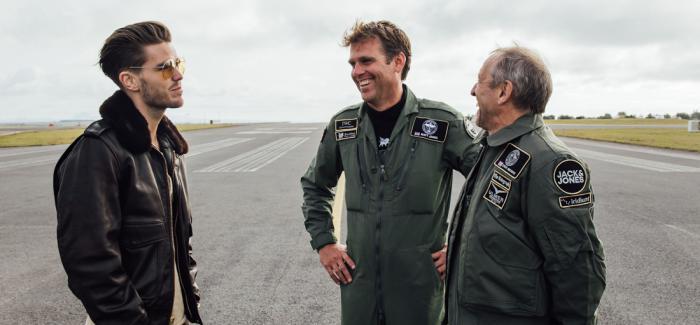IWC万国表银翼喷火战斗机顺利抵达首站冰岛
