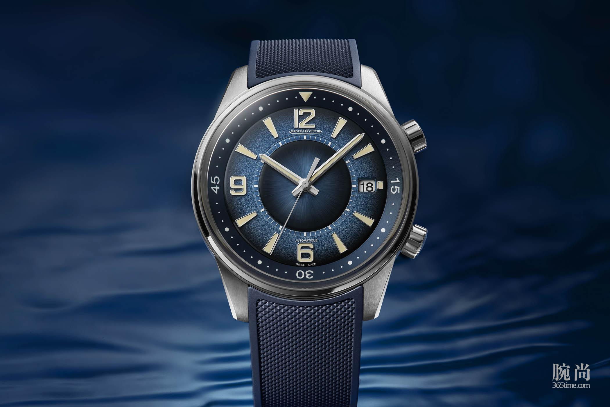 Jaeger-LeCoultre-Polaris-Date-Limited-Edition-Gradient-Blue-Q9068681-4.jpg