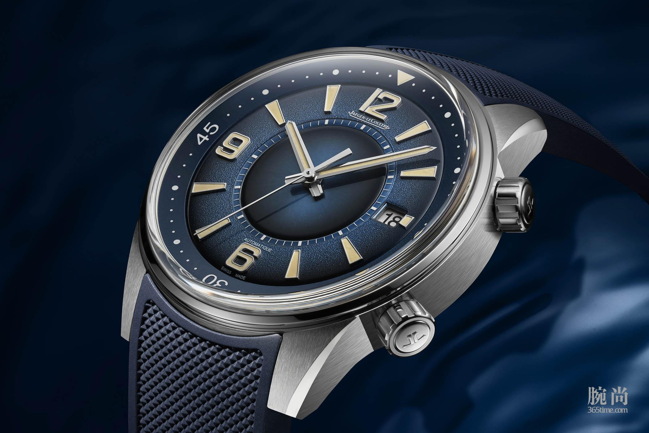 Jaeger-LeCoultre-Polaris-Date-Limited-Edition-Gradient-Blue-Q9068681-6.jpg