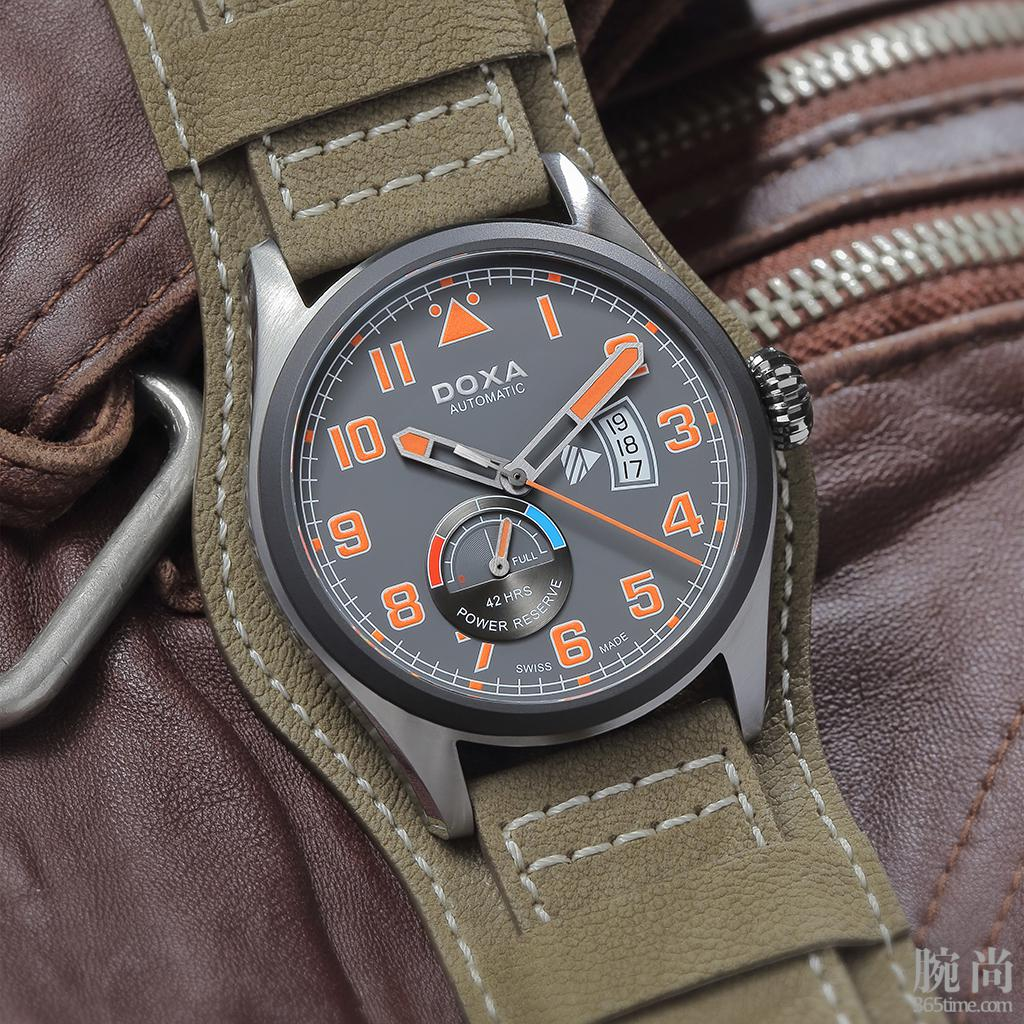 doxa-pilot-collection-d213-watch-review-1.jpg