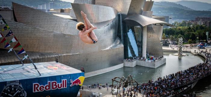 瑞士美度表X 2019 Red Bull Cliff Diving悬崖跳水全球系列赛 西班牙毕尔巴鄂站战报