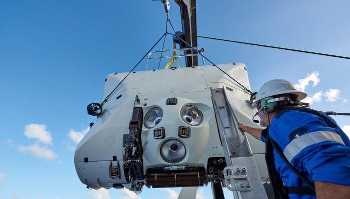 10980米!潜水表的潜水深度再创纪录,深潜之王花落谁家!