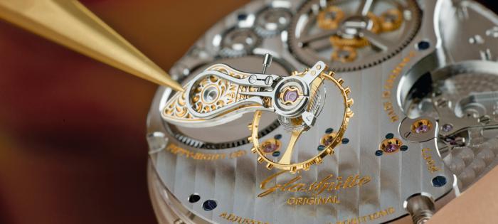 跨越时代的桥梁,格拉苏蒂原创Senator Chronometer议员天文台腕表问世十周年