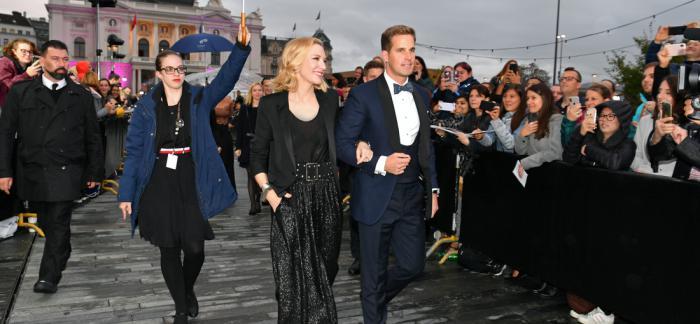 IWC万国表品牌大使凯特·布兰切特于第十五届苏黎世电影节颁发第五届杰出电影人大奖