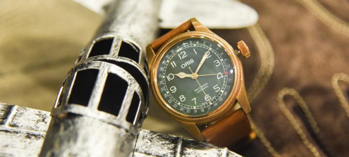 豪利时大表冠指针式日历腕表——登高远眺,赴一场秋天的盛约