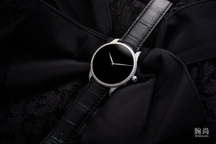 手表复杂一些好,还是简单好?身边一位朋友给出的选择