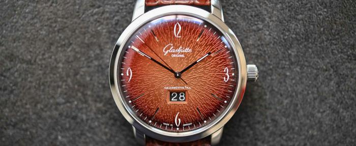 """格拉苏蒂原创六零年代Panorama Date""""炽烈橙""""年度版腕表------放飞自我的正确方式"""