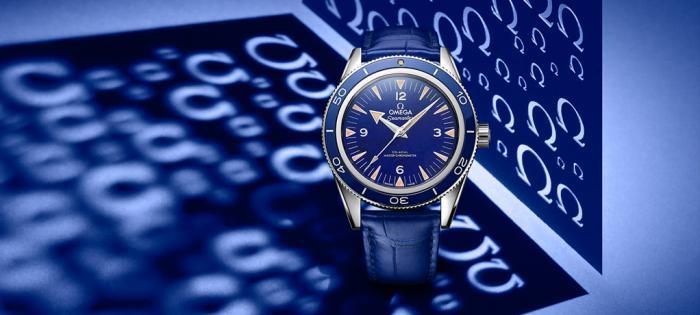 欧米茄海马300再推出蓝色陶瓷圈加青金石面盘铂金版
