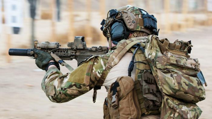 为什么特种部队的军人都将腕表面朝手臂内侧佩戴?