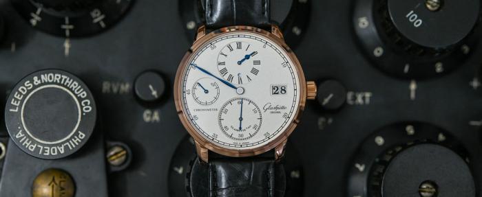 格拉苏蒂原创议员系列Chronometer Regulator腕表------来自萨克森州的规范指针