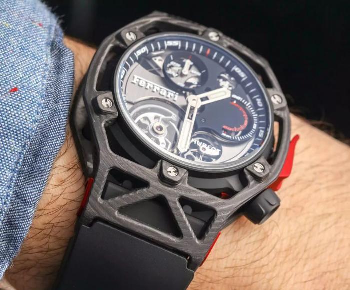宇舶传世之作系列法拉利70周年陀飞轮计时碳纤维腕表——层出不穷的新奇创意!