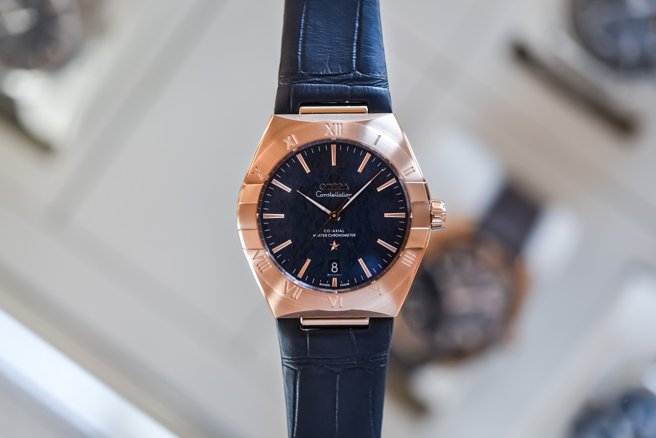 2020-Omega-Constellation-Co-Axial-Master-Chronometer-39mm-review-3.jpg
