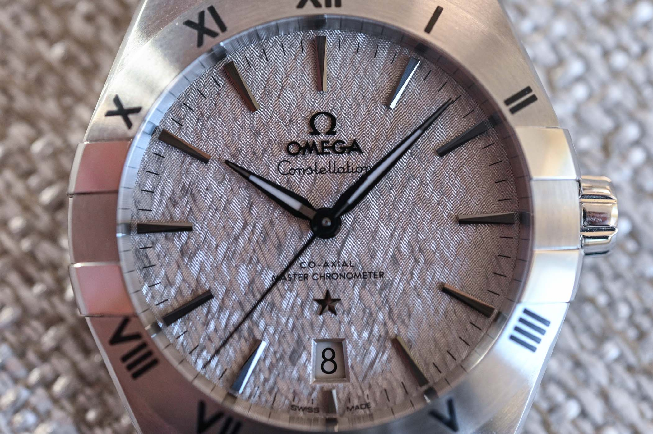 2020-Omega-Constellation-Co-Axial-Master-Chronometer-39mm-review-2.jpg