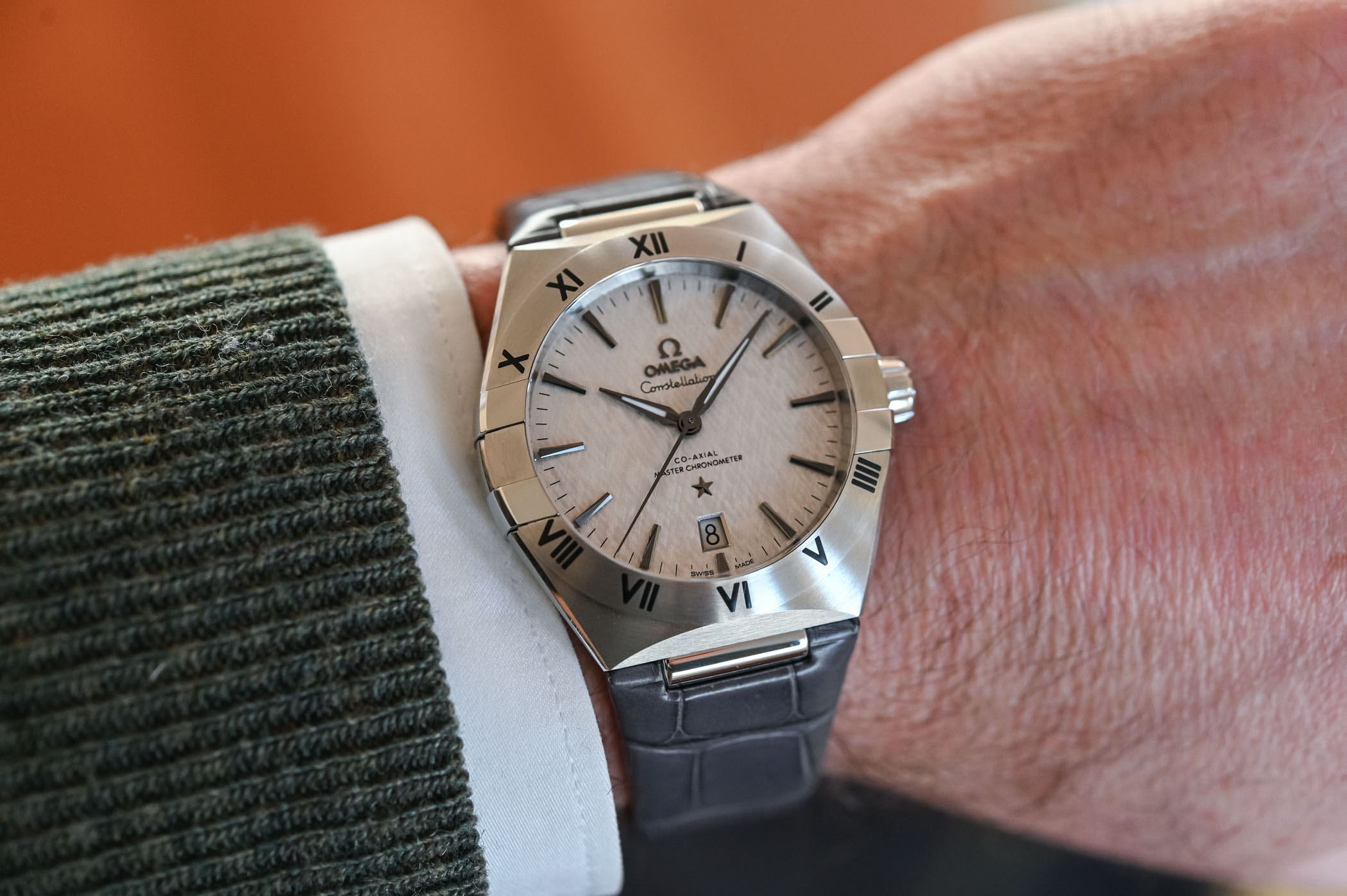 2020-Omega-Constellation-Co-Axial-Master-Chronometer-39mm-review-8.jpg