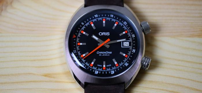 独家点评豪利时Chronoris 39毫米黑盘日历款赛车表