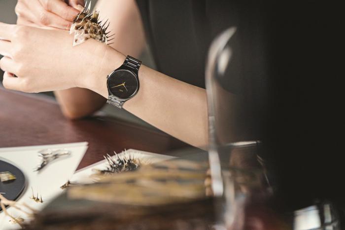 Rado 瑞士雷达表True Thinline 真薄系列刺之恋限量版腕表